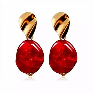 NWT 🎀 Red Gold Beautiful Earrings♥️